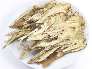 dried roots of Chinese crockery on a plate